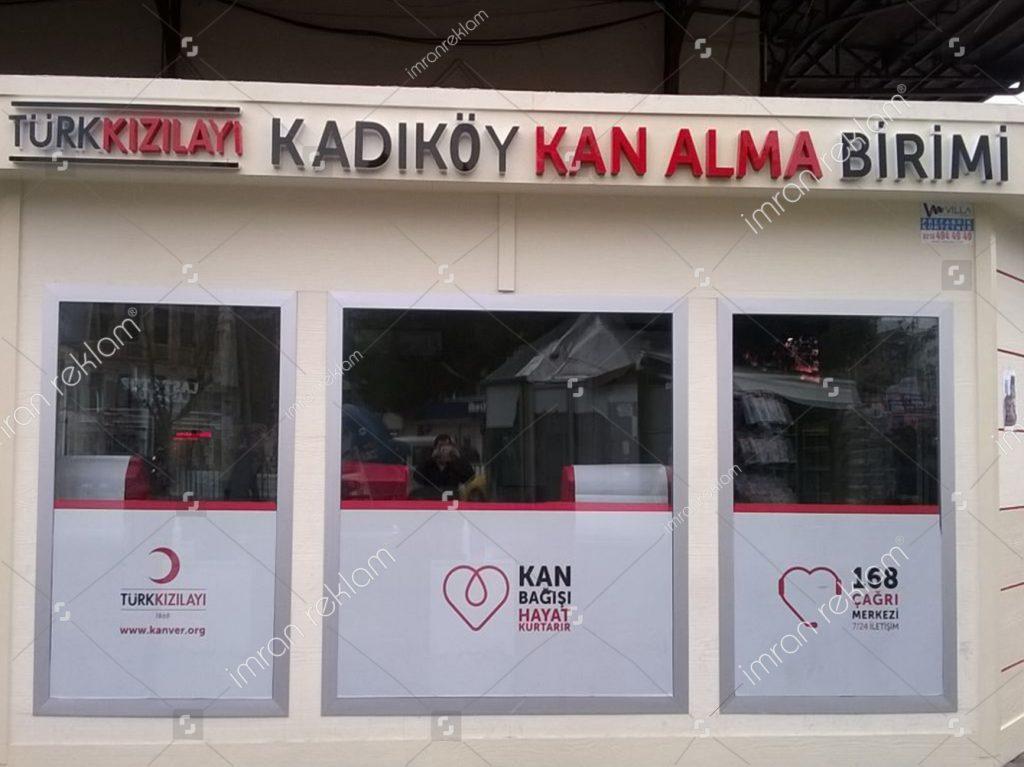 turk-kizilayi-kan-alma-birimi-tabelasi